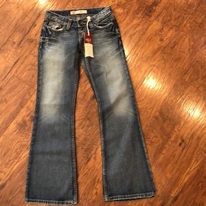 "BKE Buckle Denim Star Jeans NWT's 23"" Waist"
